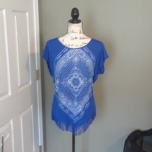 Blue and white short sleeve top
